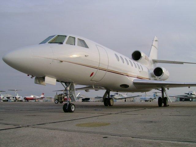 Dassault falcon 50 a ronef en vente chf 4 39 715 39 807 n for Interieur falcon 2000
